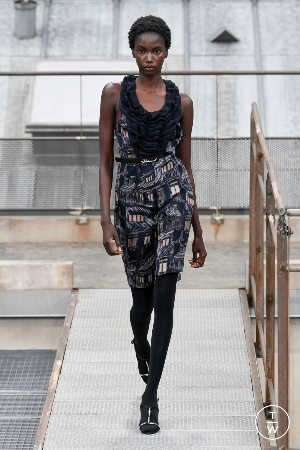 Fashion Week Paris Spring/Summer 2020 look 53 from the Chanel collection womenswear