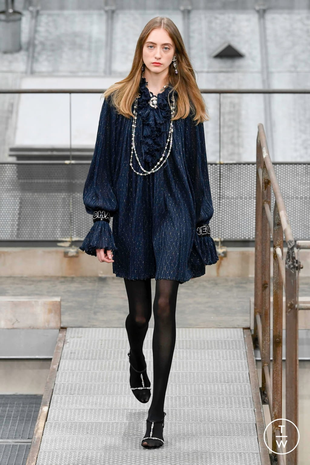 Fashion Week Paris Spring/Summer 2020 look 55 from the Chanel collection womenswear