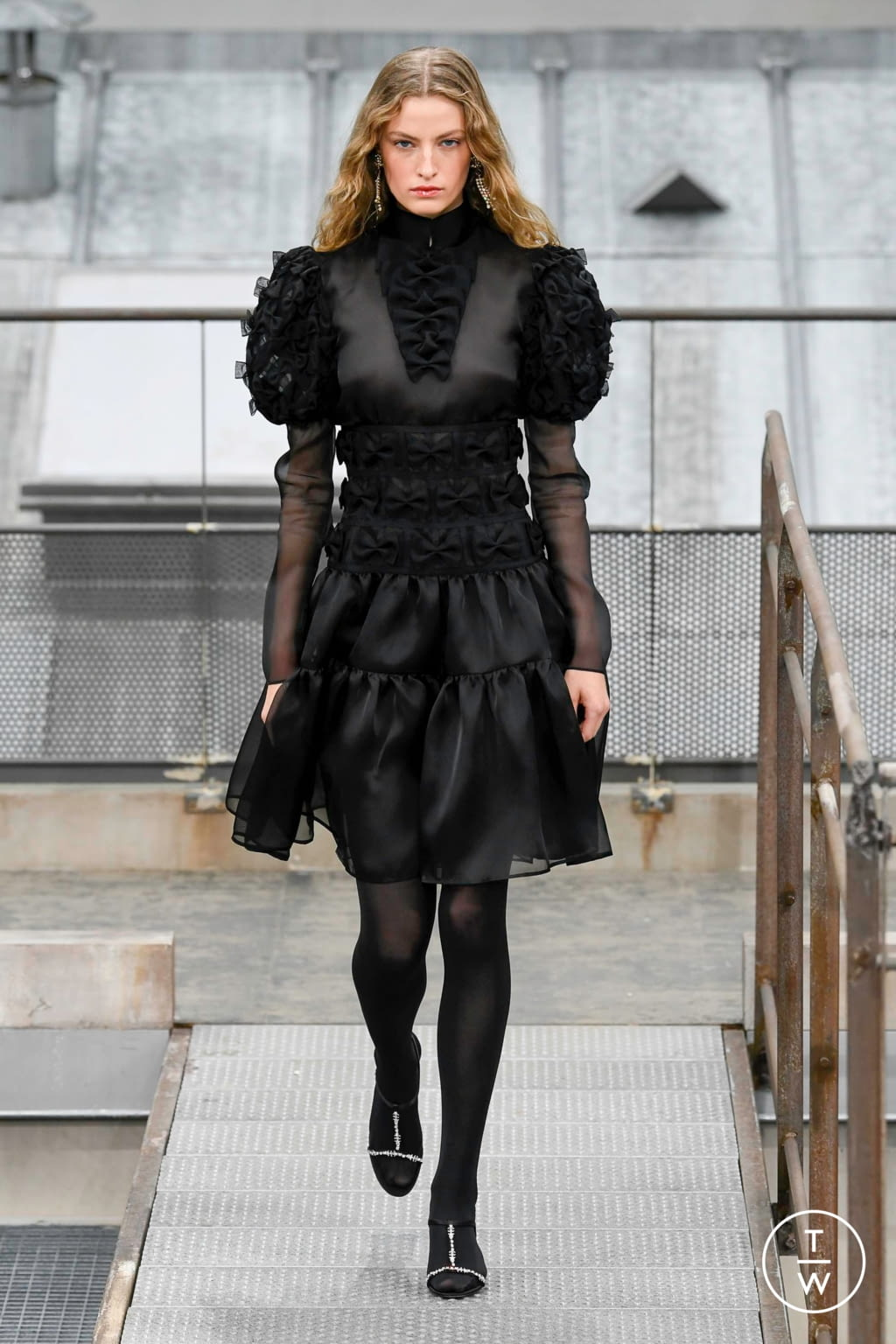 Fashion Week Paris Spring/Summer 2020 look 79 from the Chanel collection womenswear