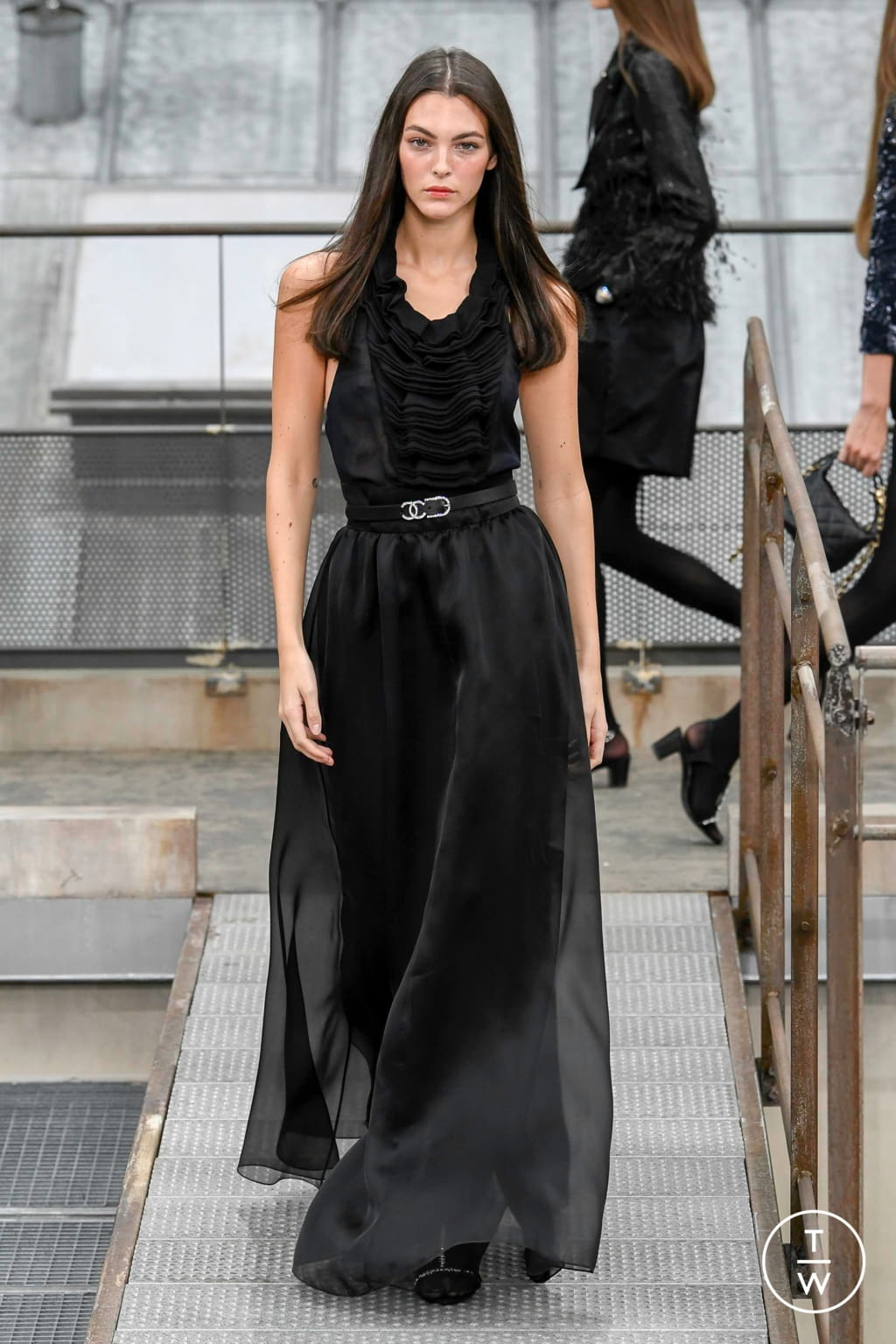 Fashion Week Paris Spring/Summer 2020 look 82 from the Chanel collection womenswear