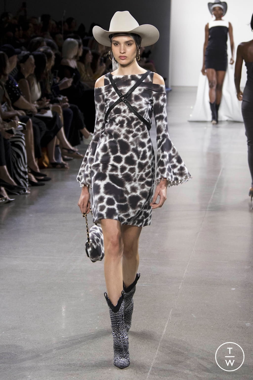 Fashion Week New York Spring/Summer 2020 look 10 from the Chiara Boni collection womenswear