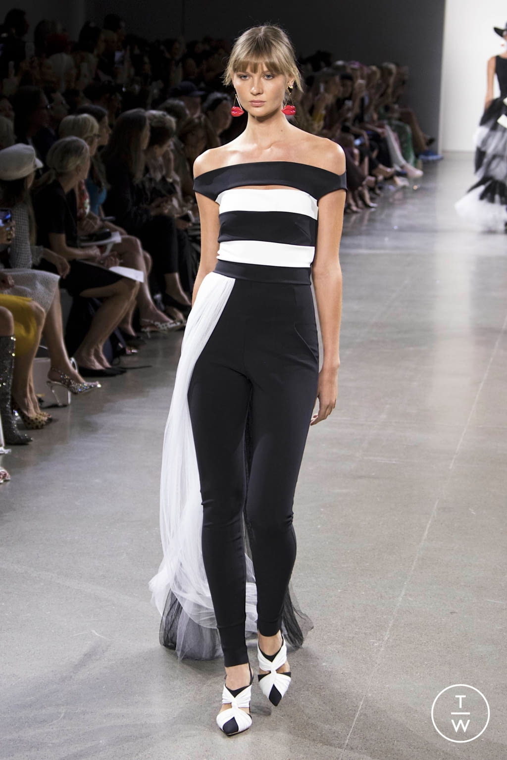 Fashion Week New York Spring/Summer 2020 look 17 from the Chiara Boni collection womenswear