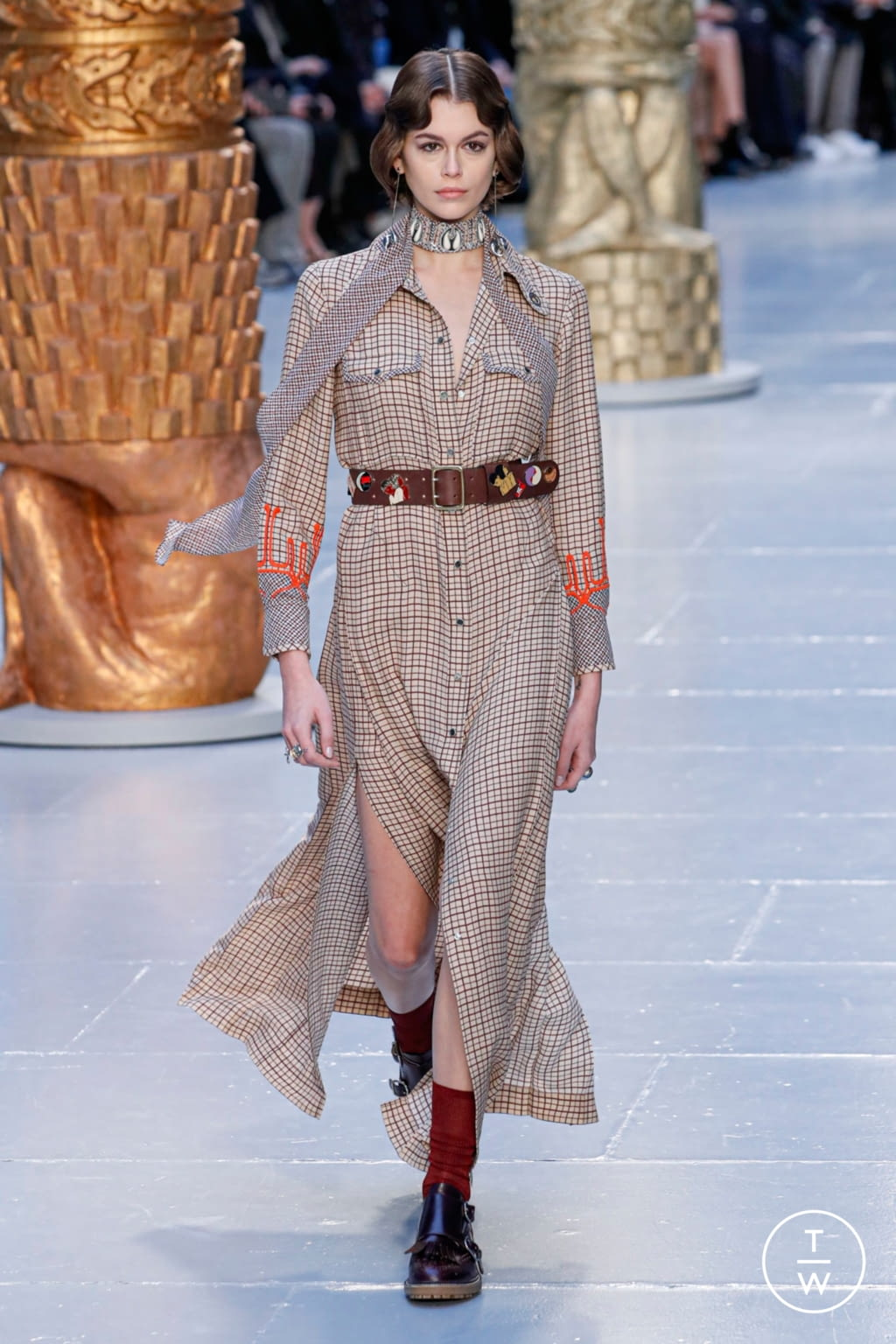 Fashion Week Paris Fall/Winter 2020 look 1 from the Chloé collection womenswear