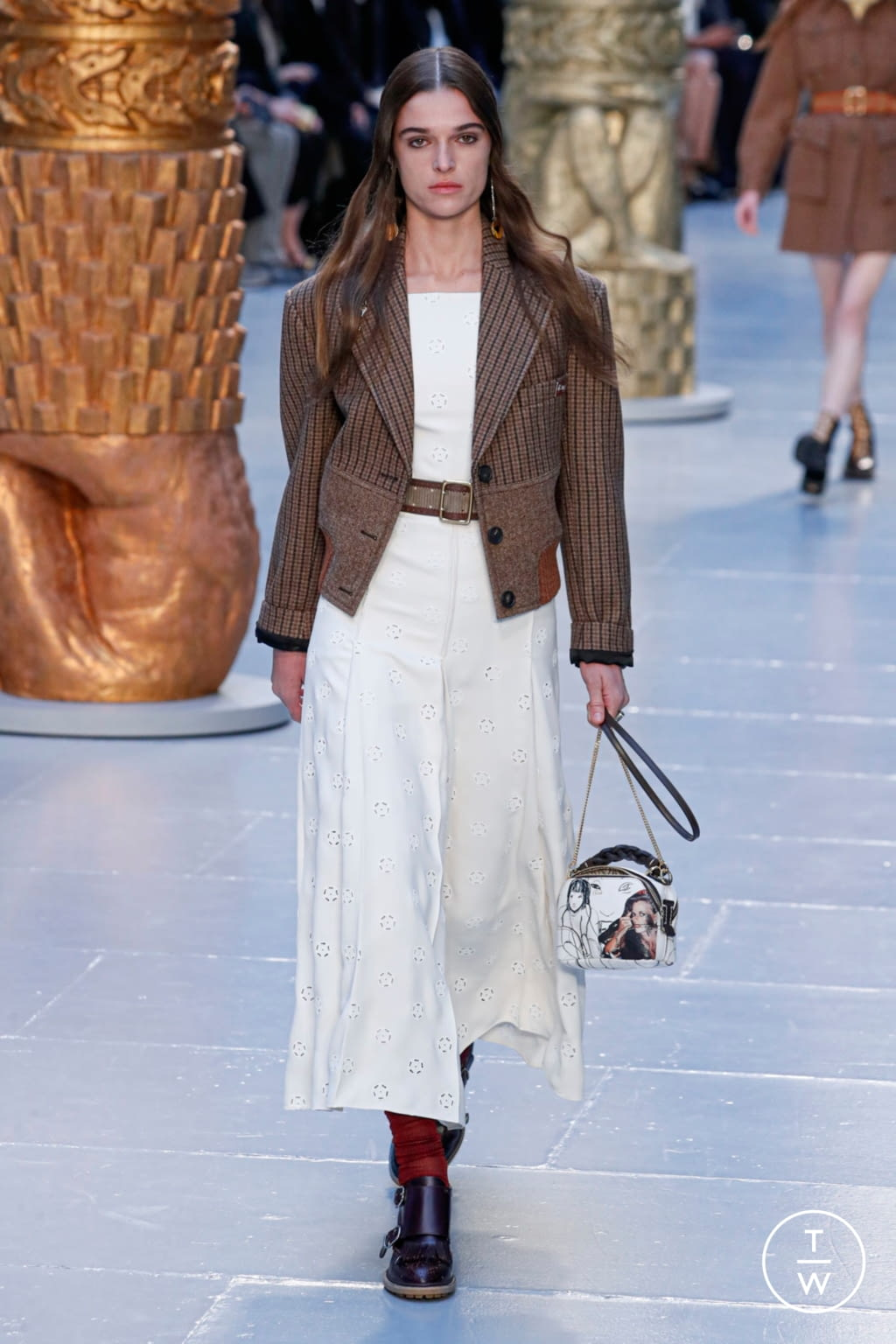 Fashion Week Paris Fall/Winter 2020 look 18 from the Chloé collection womenswear