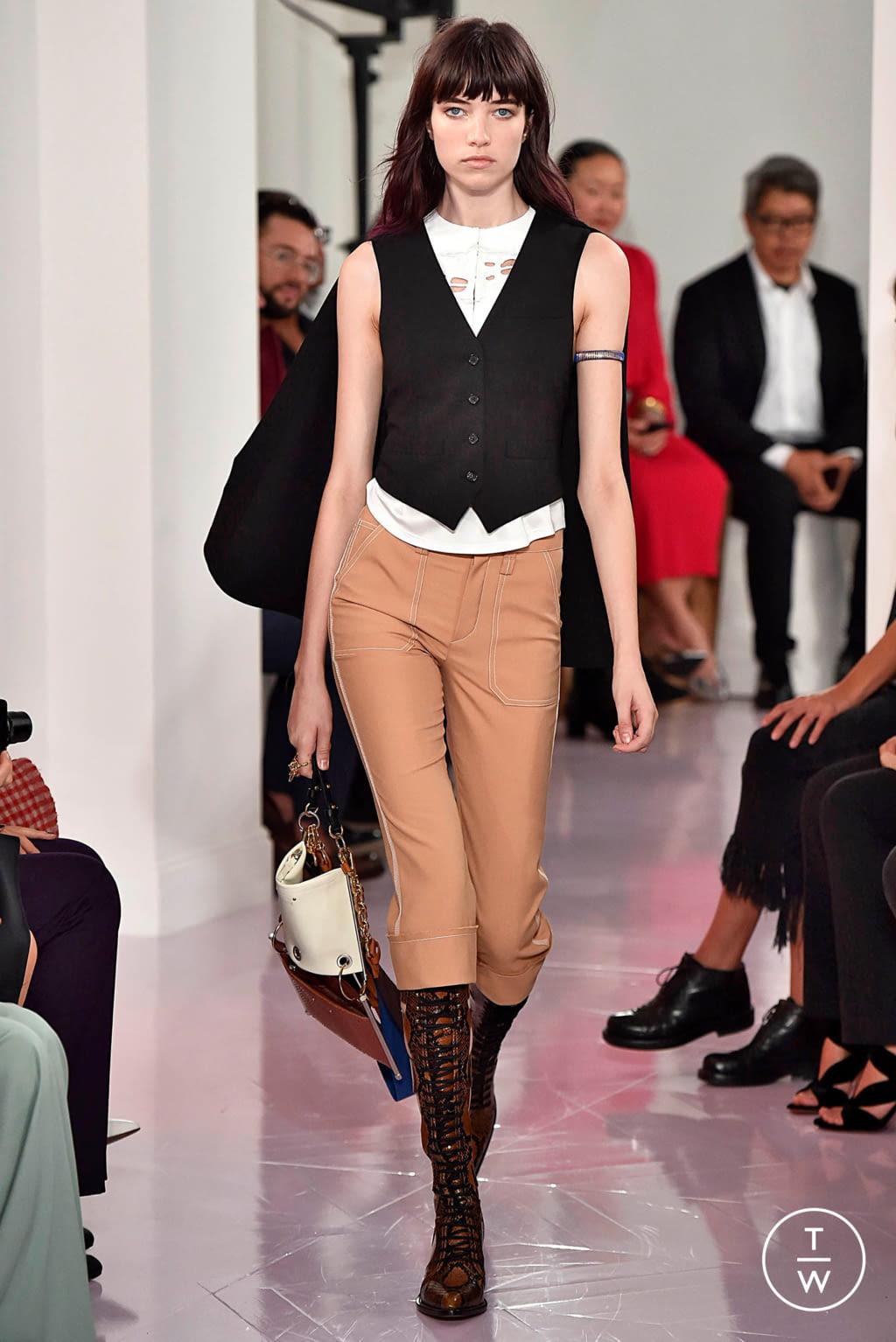 Fashion Week Paris Spring/Summer 2018 look 7 de la collection Chloé womenswear