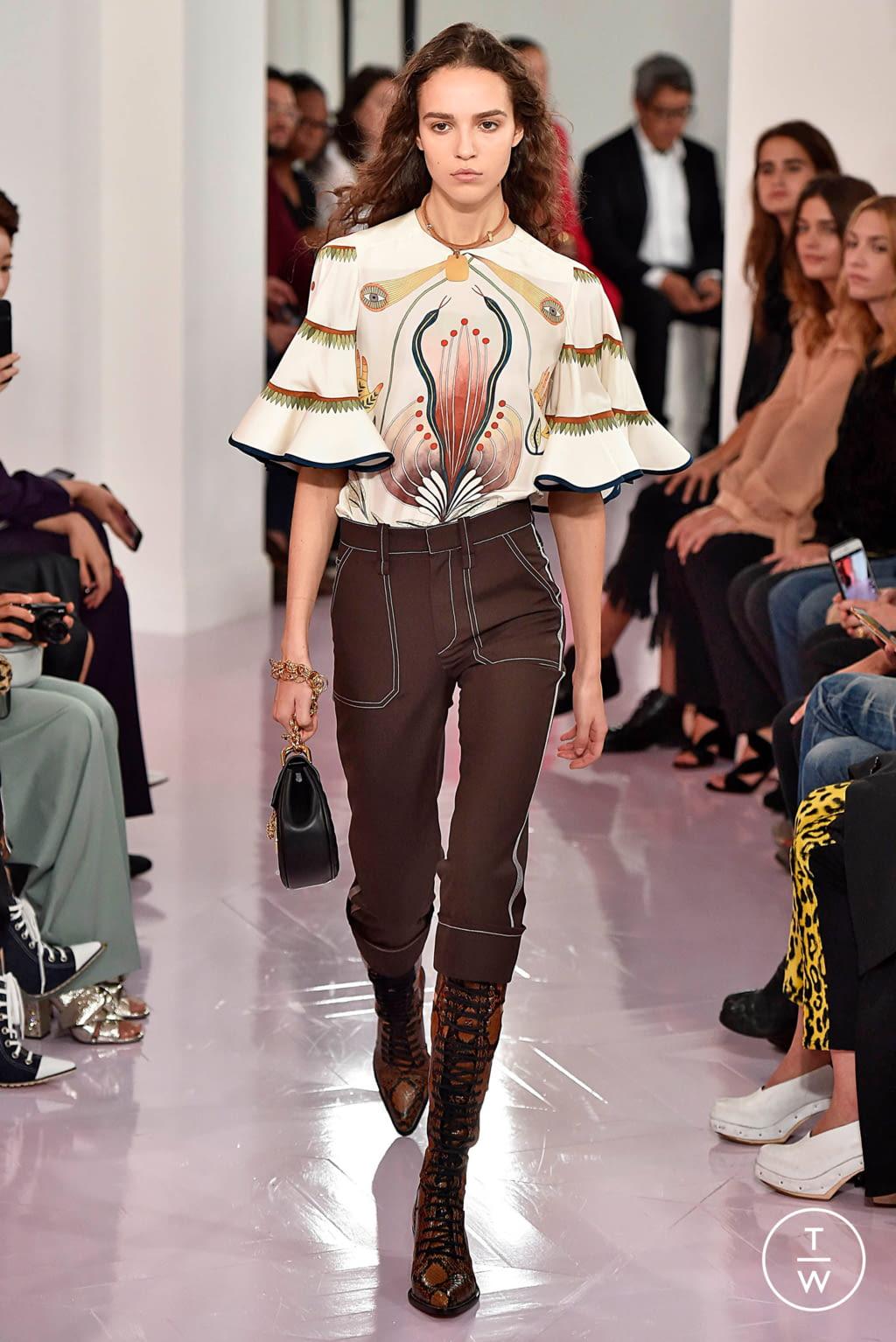Fashion Week Paris Spring/Summer 2018 look 15 de la collection Chloé womenswear