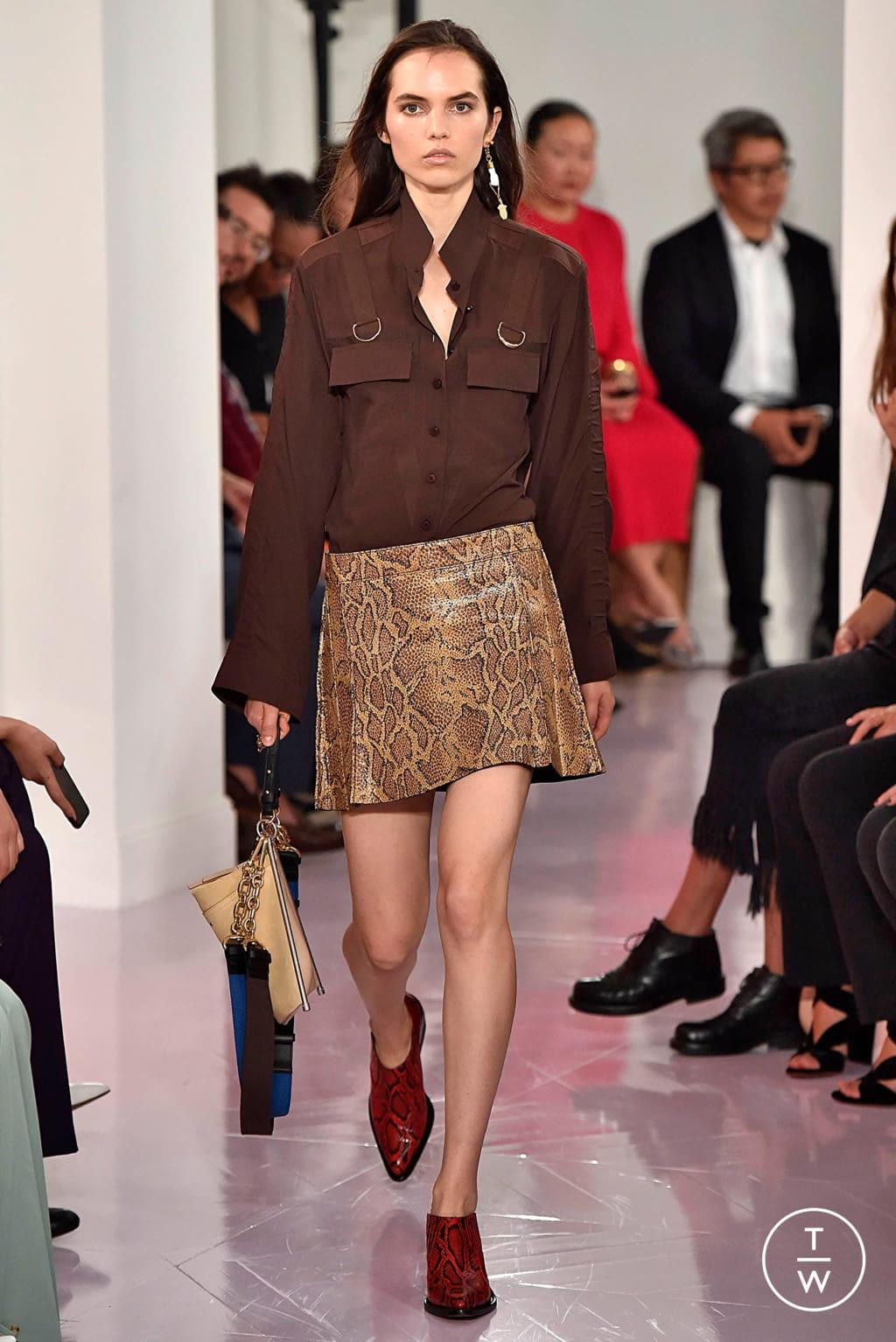 Fashion Week Paris Spring/Summer 2018 look 22 de la collection Chloé womenswear