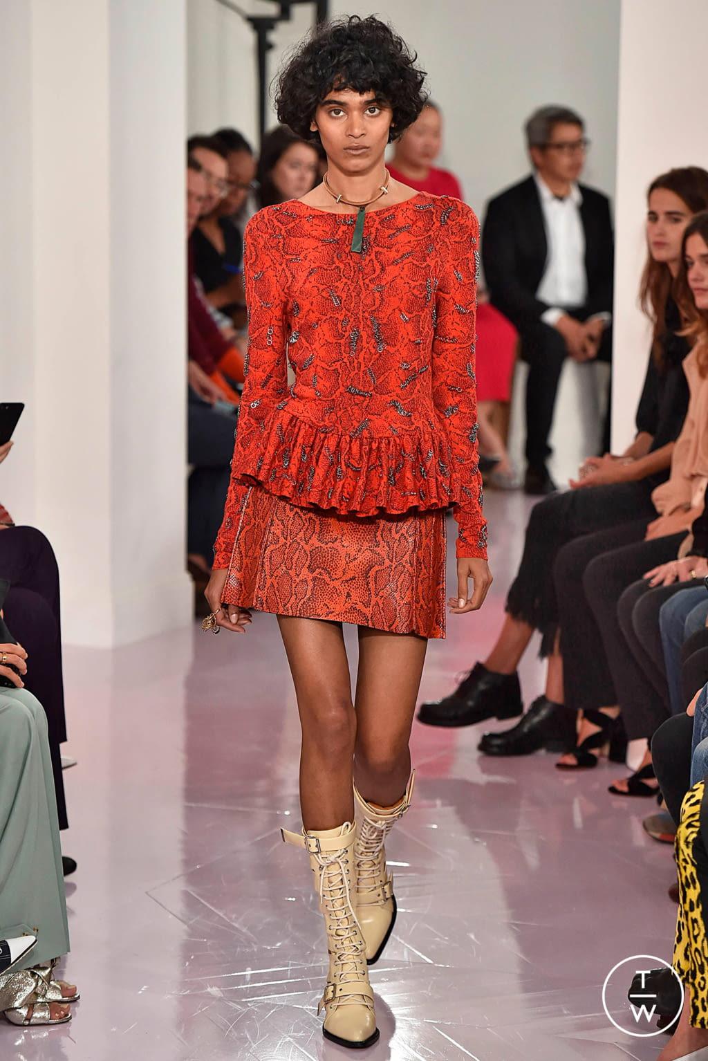 Fashion Week Paris Spring/Summer 2018 look 32 de la collection Chloé womenswear