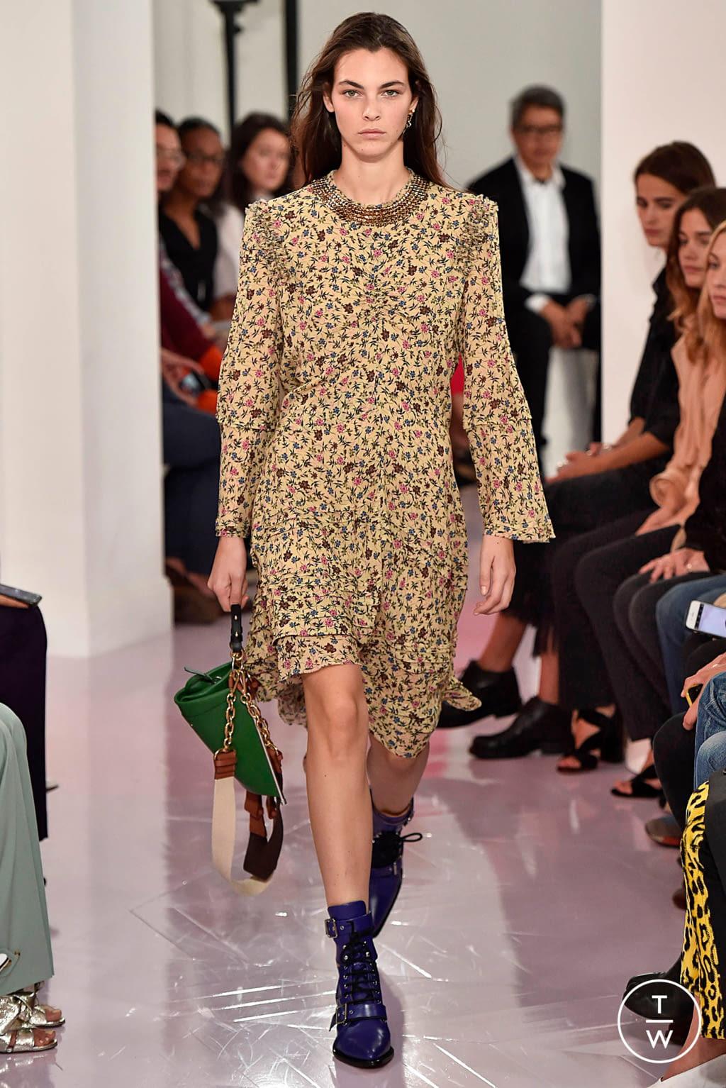 Fashion Week Paris Spring/Summer 2018 look 36 de la collection Chloé womenswear