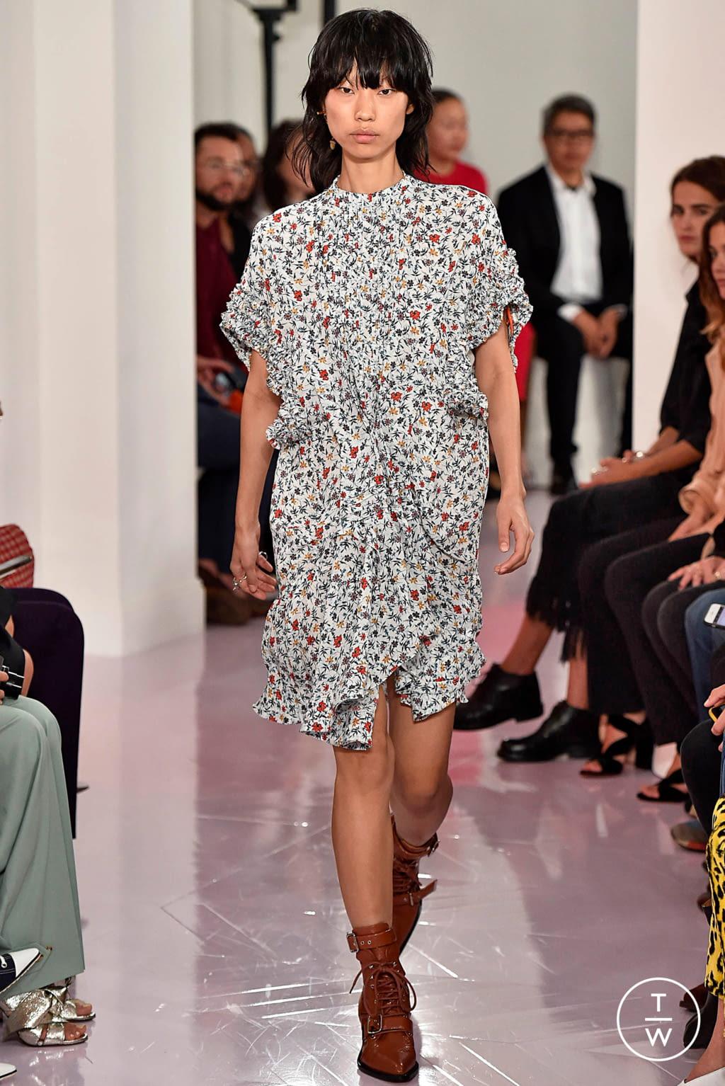 Fashion Week Paris Spring/Summer 2018 look 38 de la collection Chloé womenswear