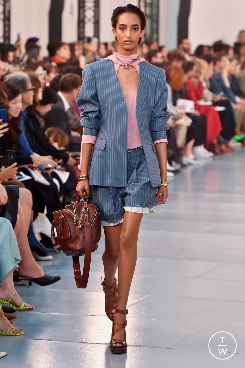 Fashion Week Paris Spring/Summer 2020 look 4 from the Chloé collection womenswear