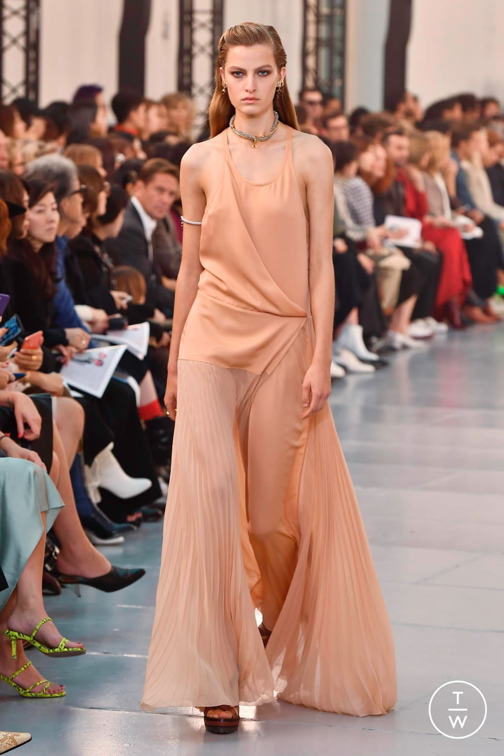 Fashion Week Paris Spring/Summer 2020 look 49 from the Chloé collection womenswear