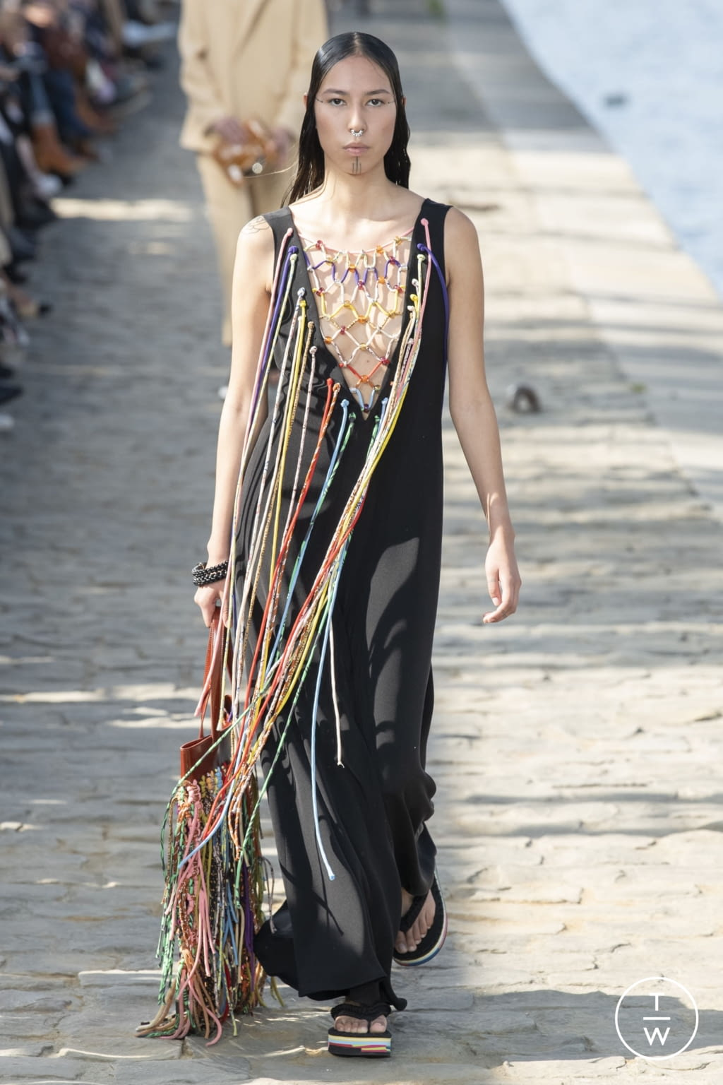 Fashion Week Paris Spring/Summer 2022 look 23 from the Chloé collection womenswear