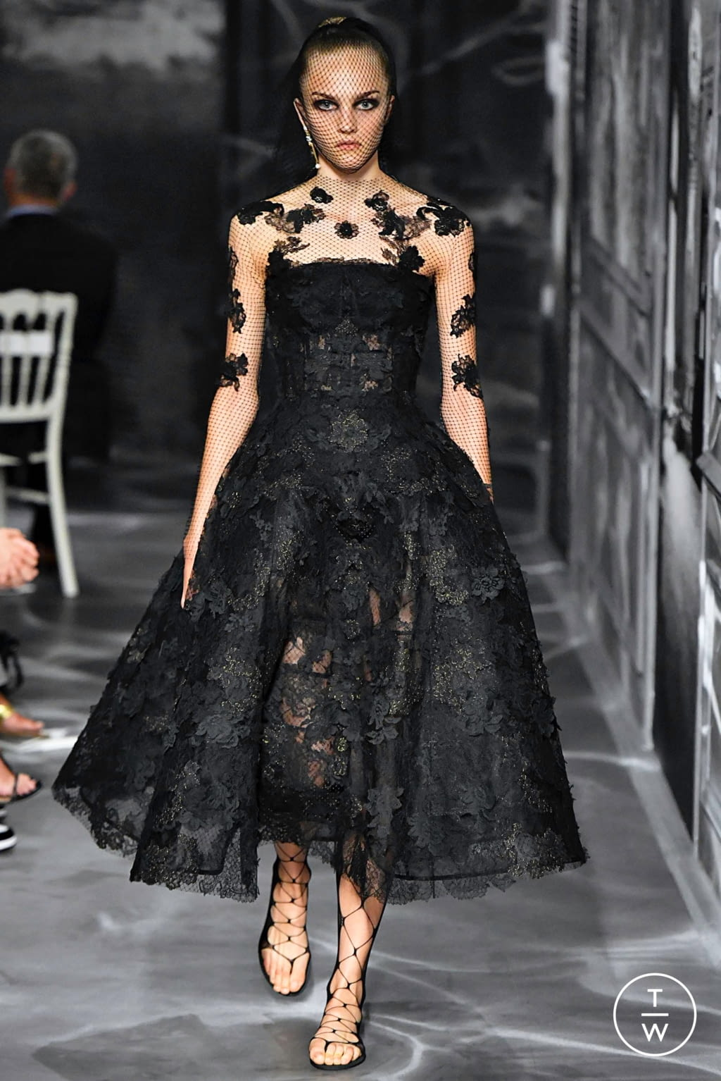 Fashion Week Paris Fall/Winter 2019 look 31 from the Christian Dior collection couture