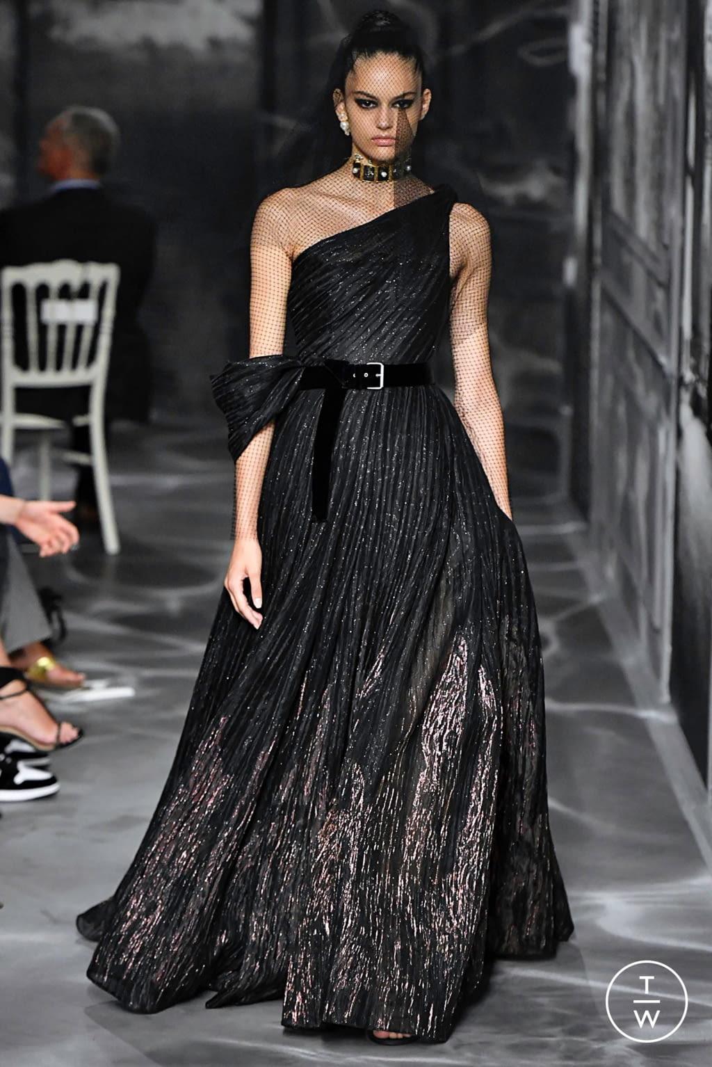 Fashion Week Paris Fall/Winter 2019 look 33 de la collection Christian Dior couture