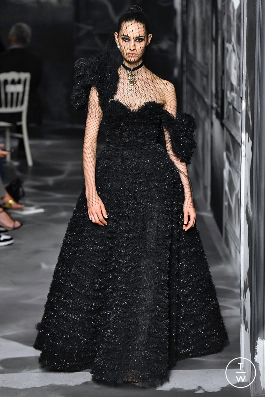 Fashion Week Paris Fall/Winter 2019 look 53 from the Christian Dior collection couture