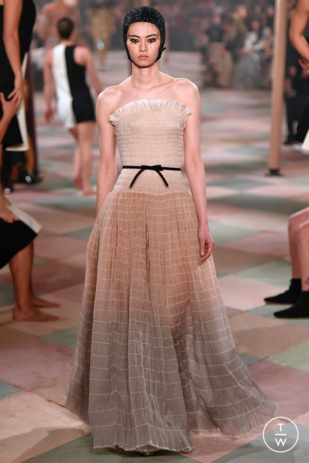 Fashion Week Paris Spring/Summer 2019 look 18 from the Christian Dior collection couture
