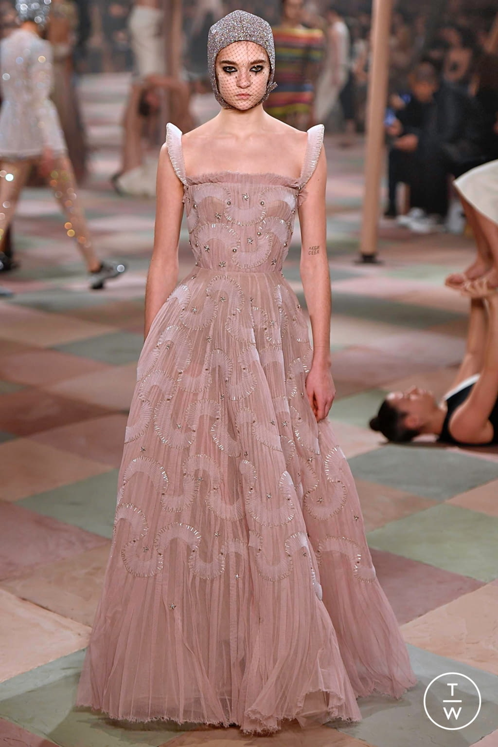 Fashion Week Paris Spring/Summer 2019 look 33 from the Christian Dior collection couture