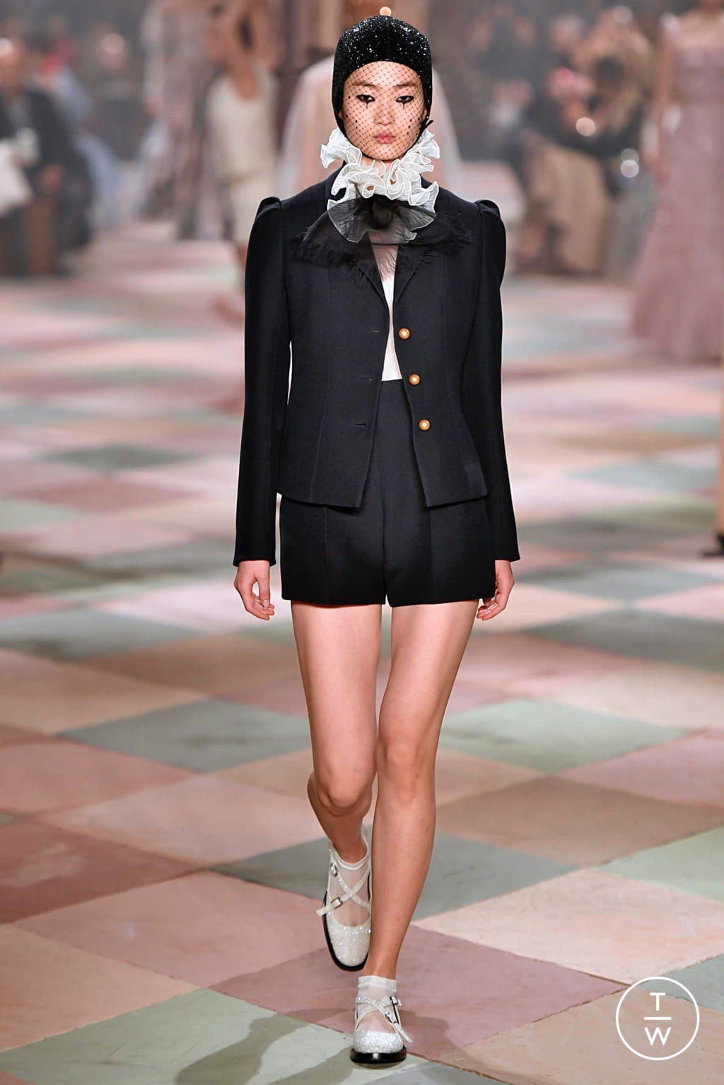 Fashion Week Paris Spring/Summer 2019 look 41 from the Christian Dior collection couture