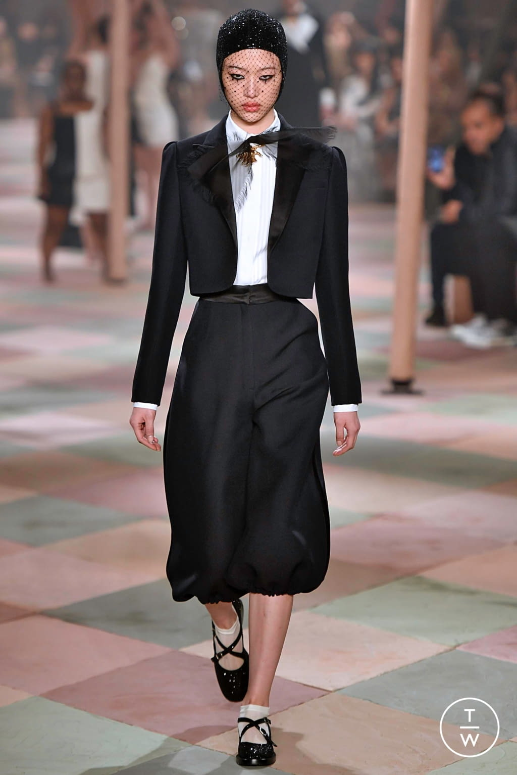 Fashion Week Paris Spring/Summer 2019 look 52 from the Christian Dior collection couture