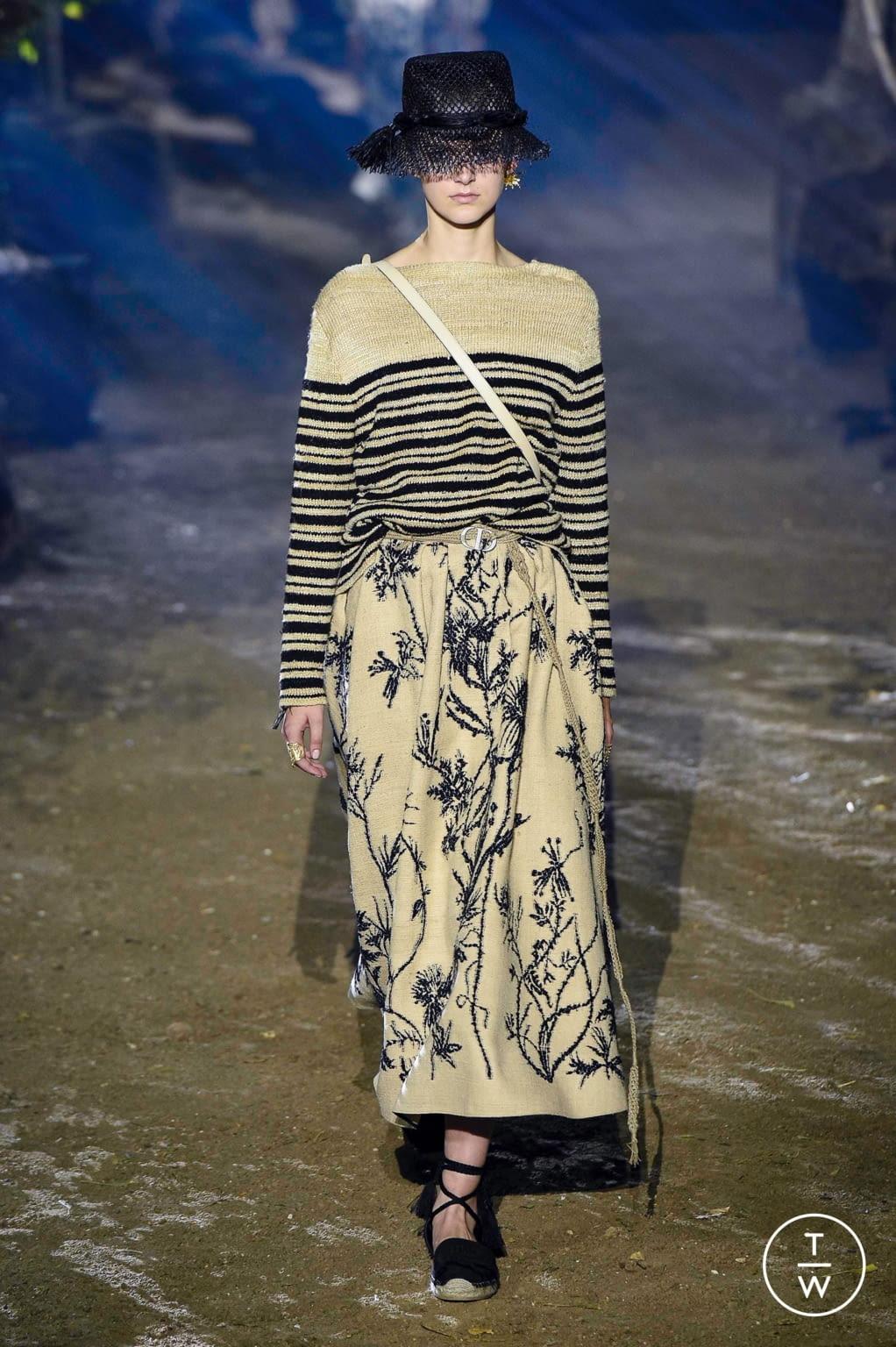Fashion Week Paris Spring/Summer 2020 look 6 de la collection Christian Dior womenswear