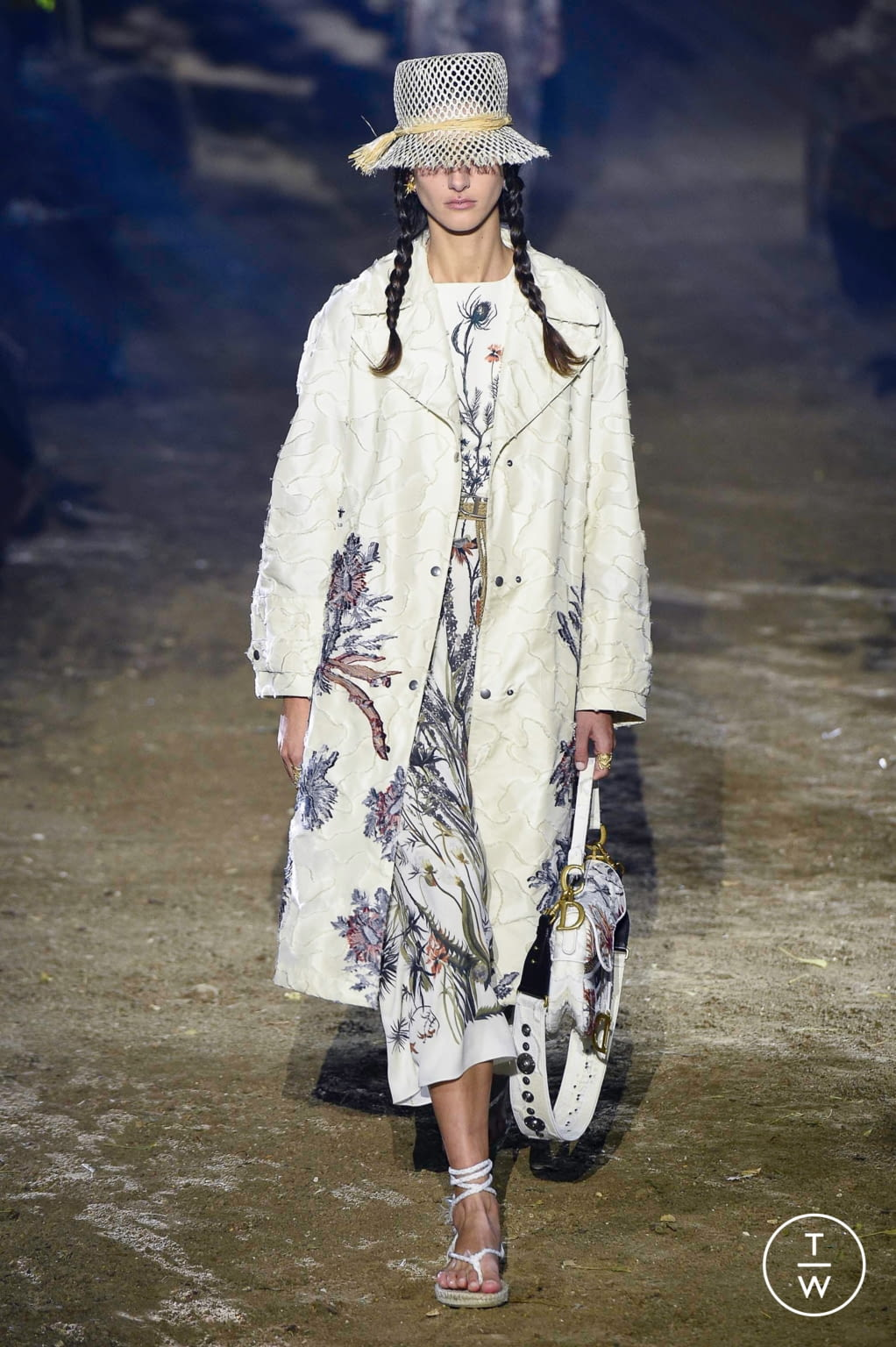 Fashion Week Paris Spring/Summer 2020 look 13 from the Christian Dior collection 女装