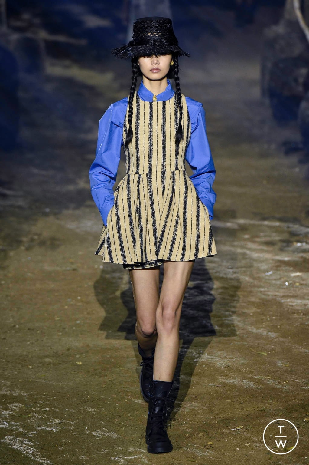 Fashion Week Paris Spring/Summer 2020 look 18 from the Christian Dior collection womenswear