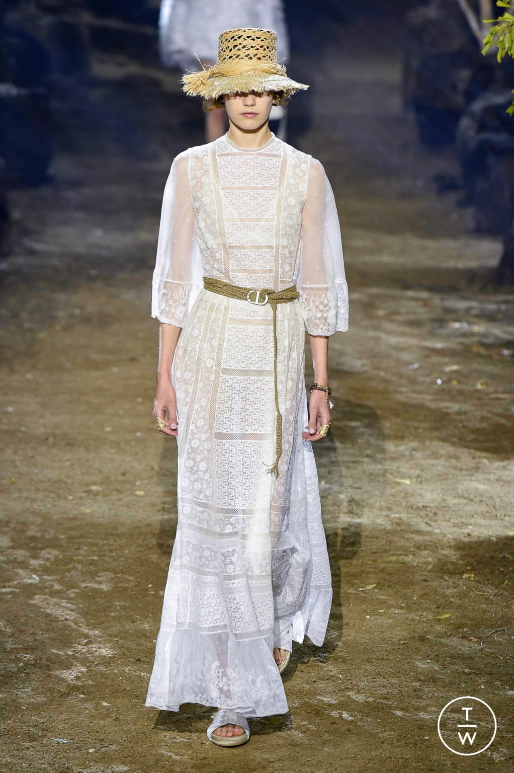 Fashion Week Paris Spring/Summer 2020 look 41 from the Christian Dior collection womenswear