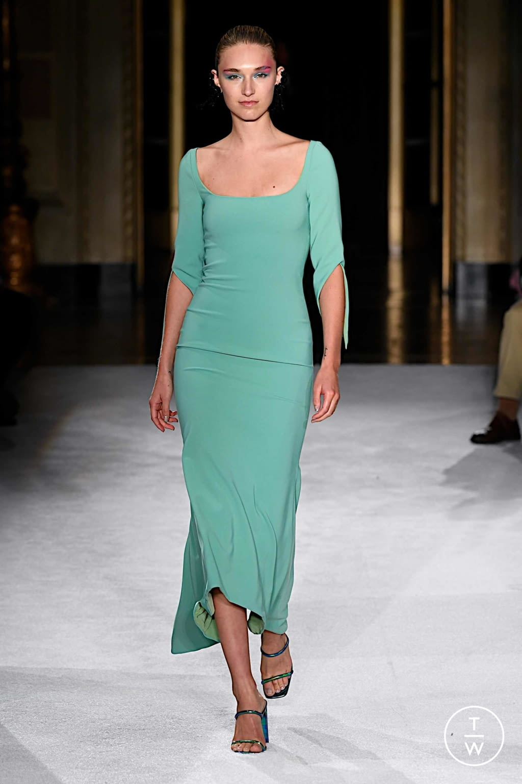 Fashion Week New York Spring/Summer 2020 look 3 from the Christian Siriano collection womenswear