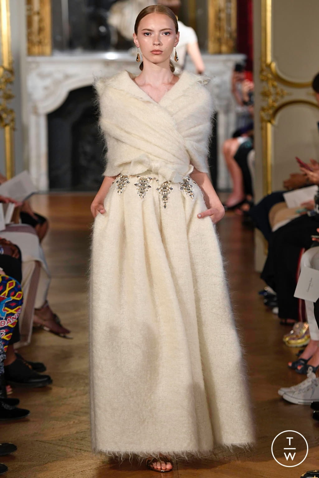 Fashion Week Paris Fall/Winter 2019 look 8 from the Christophe Josse collection couture
