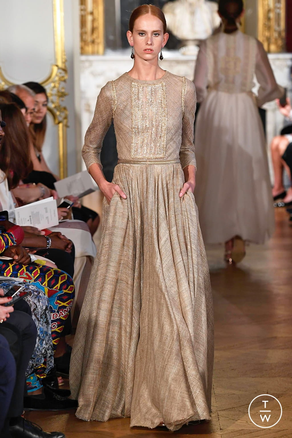 Fashion Week Paris Fall/Winter 2019 look 11 from the Christophe Josse collection couture