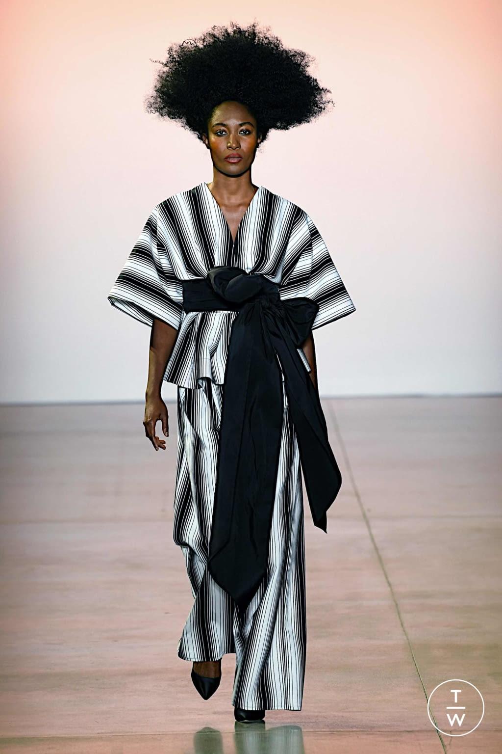 Fashion Week New York Spring/Summer 2020 look 13 de la collection Christopher John Rogers womenswear