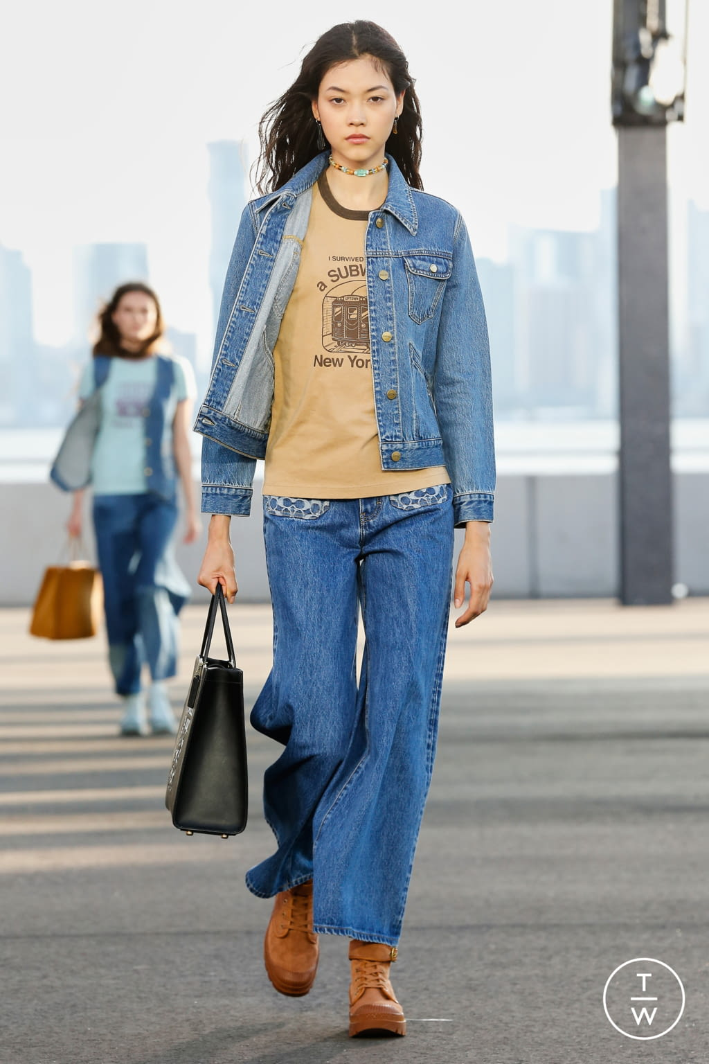Fashion Week New York Spring/Summer 2022 look 38 from the Coach 1941 collection womenswear