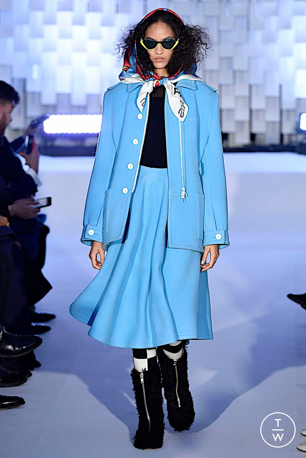 Fashion Week Paris Fall/Winter 2019 look 32 from the Courrèges collection womenswear