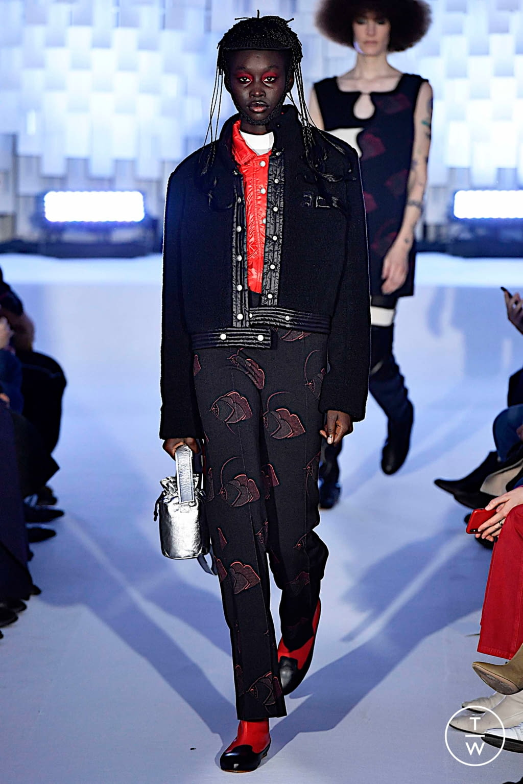 Fashion Week Paris Fall/Winter 2019 look 36 from the Courrèges collection womenswear