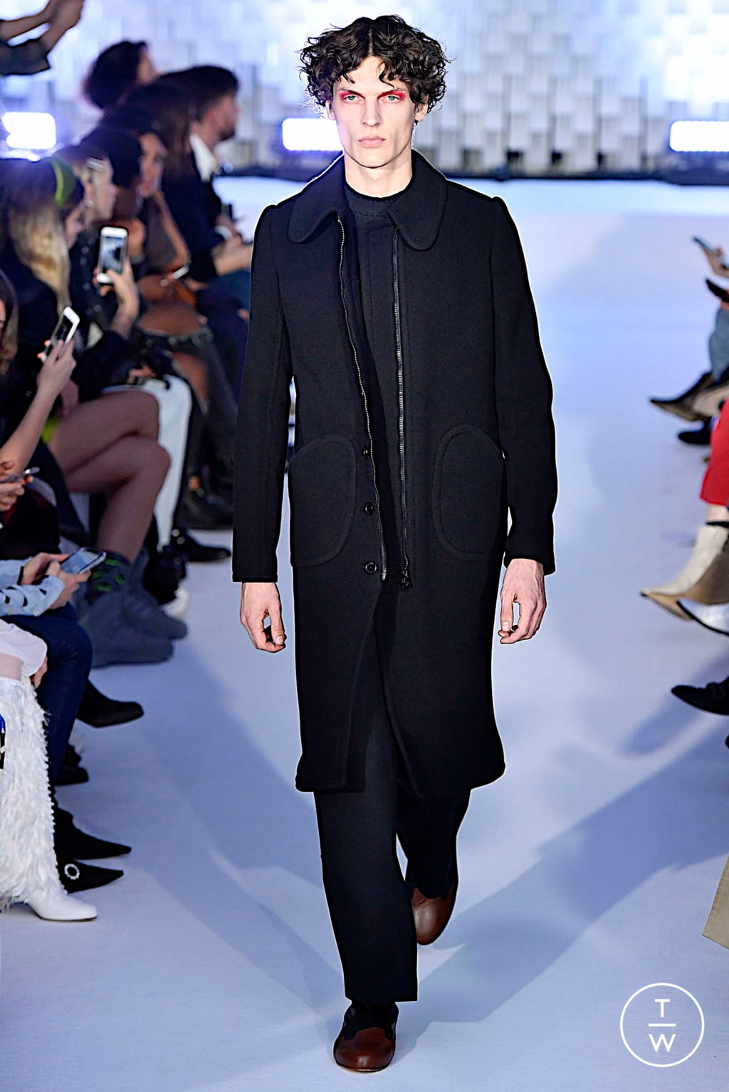 Fashion Week Paris Fall/Winter 2019 look 41 from the Courrèges collection womenswear