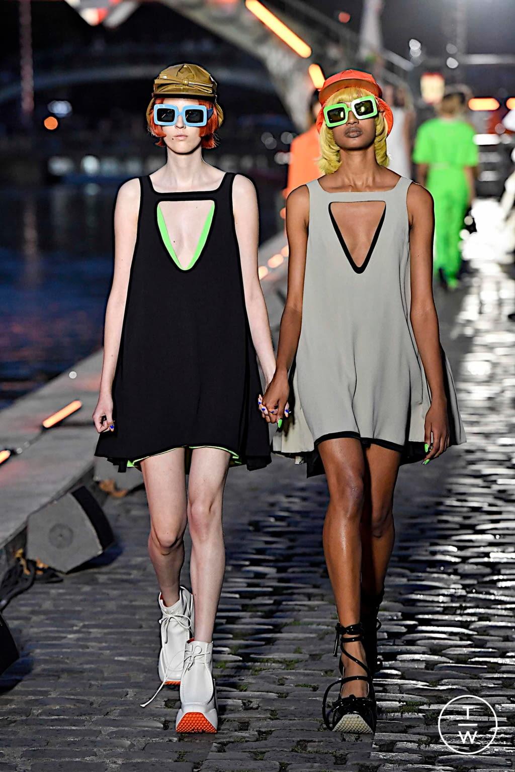 Fashion Week Paris Spring/Summer 2020 look 22 de la collection Courrèges womenswear