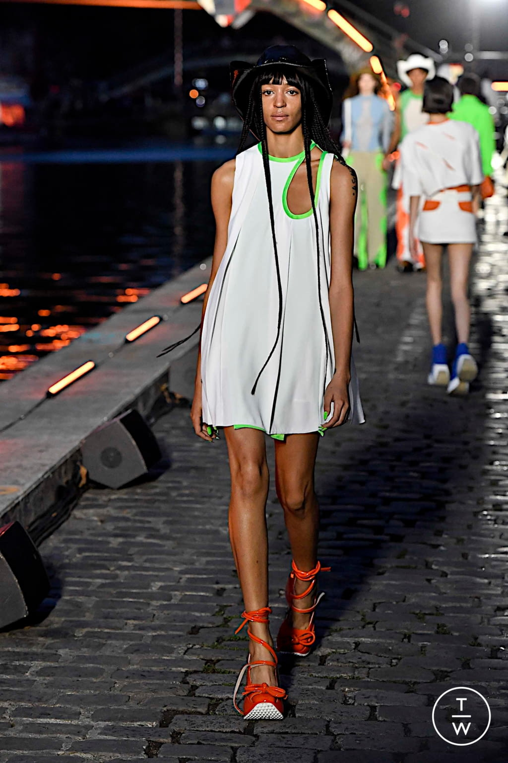Fashion Week Paris Spring/Summer 2020 look 31 from the Courrèges collection womenswear