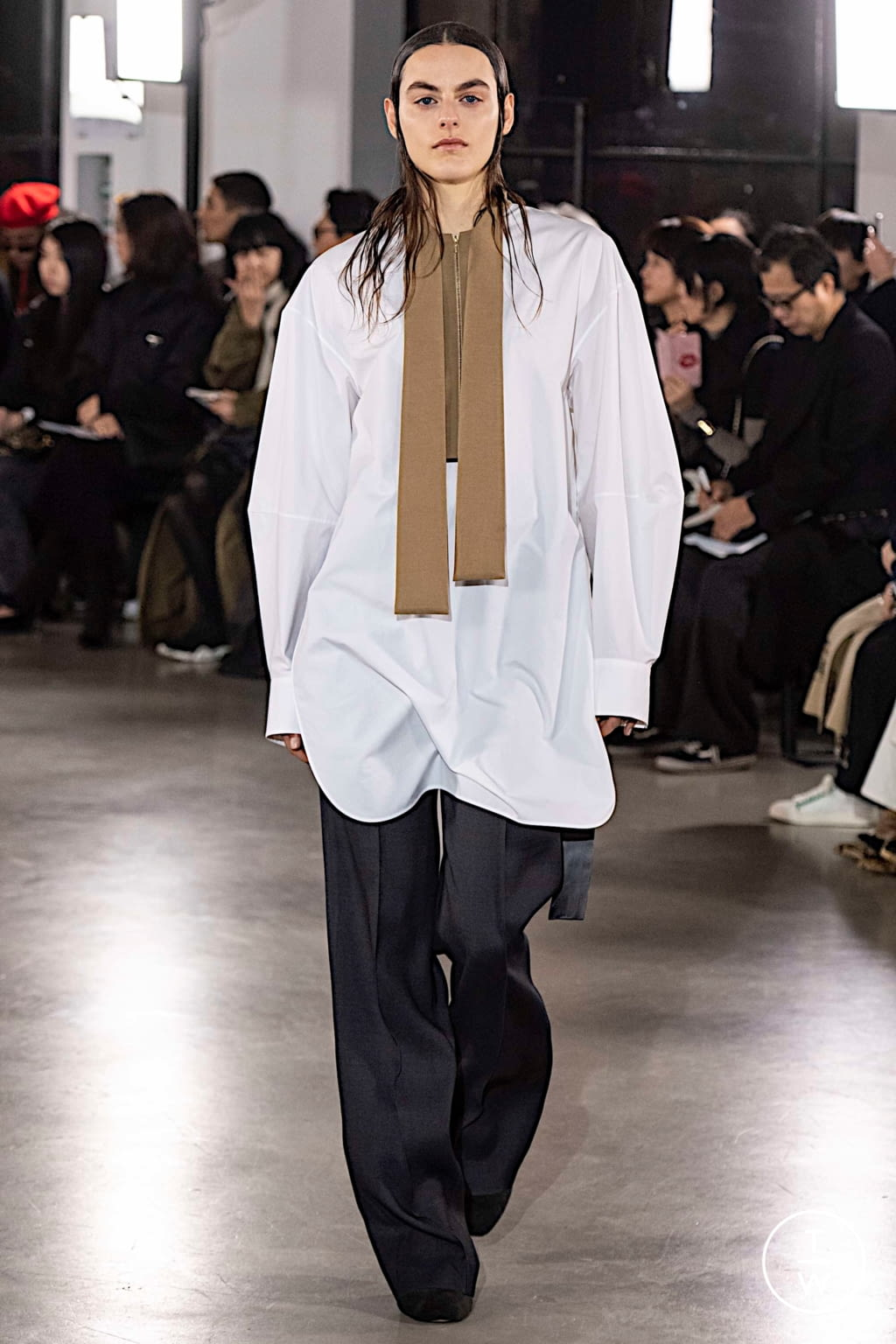 Fashion Week Paris Fall/Winter 2019 look 6 from the Cyclas collection womenswear