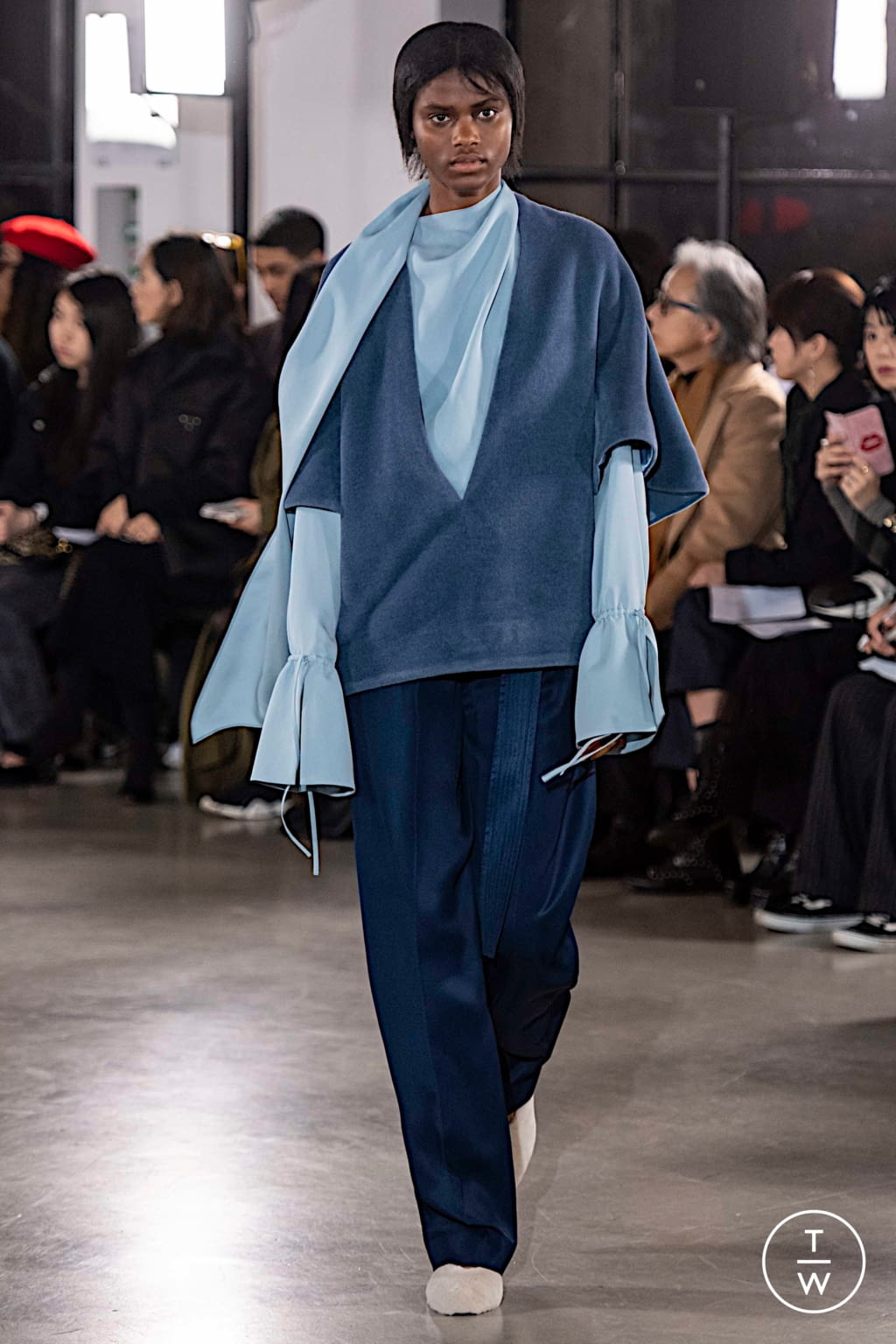 Fashion Week Paris Fall/Winter 2019 look 11 from the Cyclas collection 女装