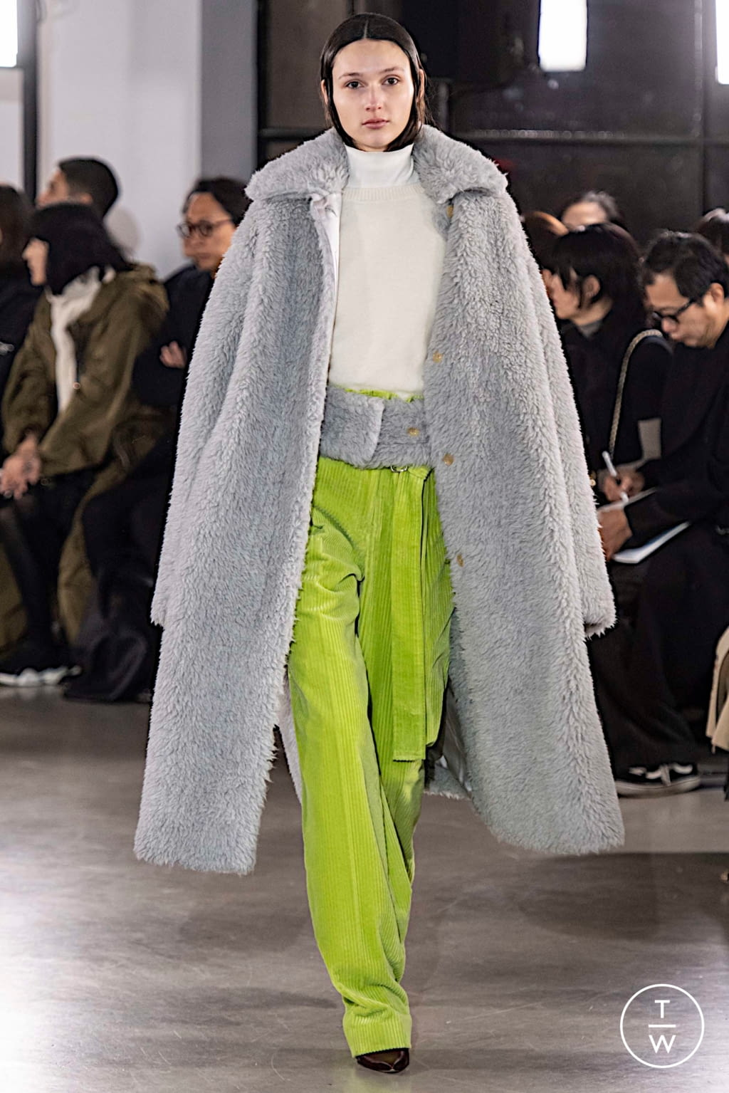 Fashion Week Paris Fall/Winter 2019 look 24 from the Cyclas collection womenswear