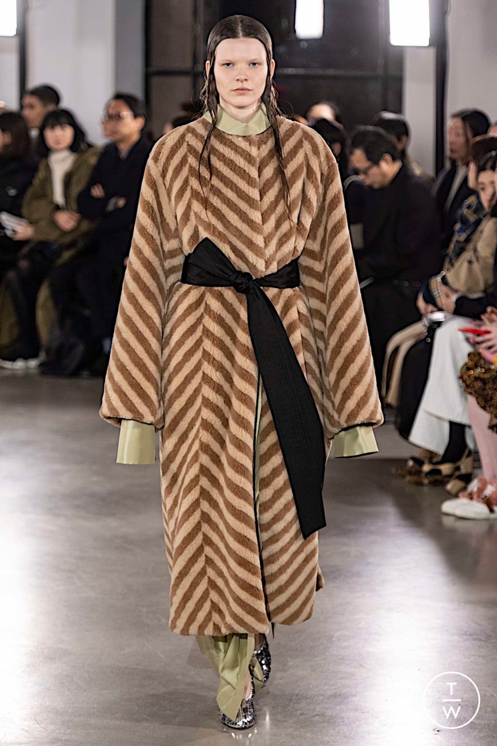 Fashion Week Paris Fall/Winter 2019 look 27 from the Cyclas collection womenswear