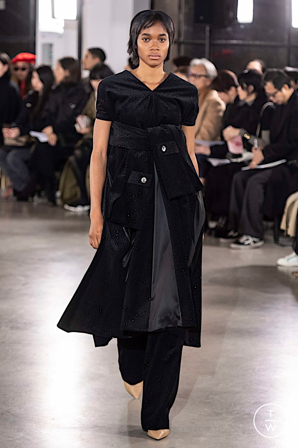 Fashion Week Paris Fall/Winter 2019 look 31 from the Cyclas collection womenswear