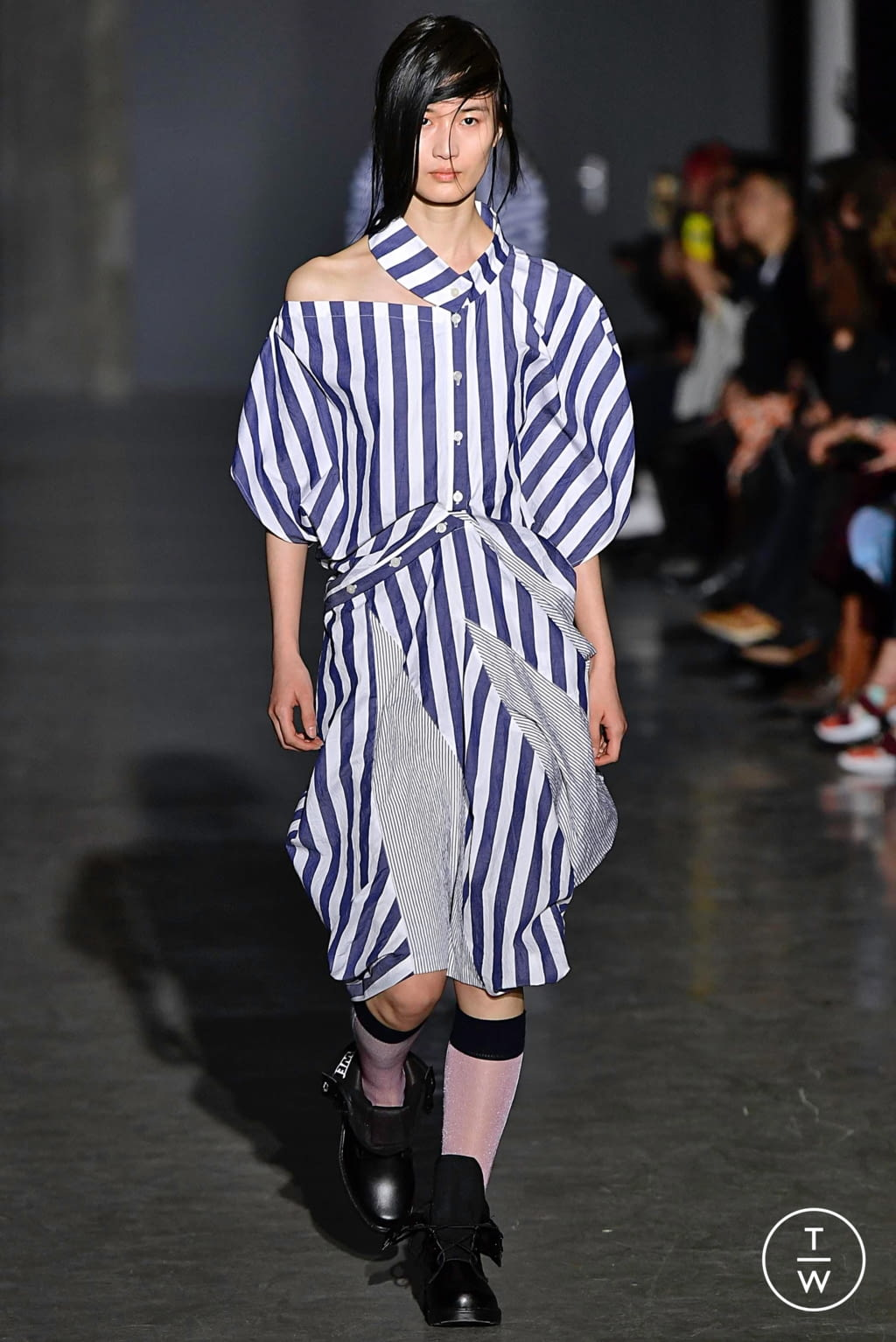 Fashion Week Paris Fall/Winter 2019 look 7 from the Dawei collection womenswear