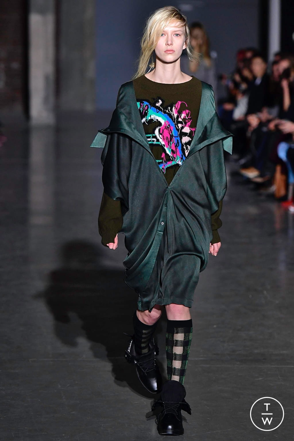 Fashion Week Paris Fall/Winter 2019 look 8 from the Dawei collection womenswear