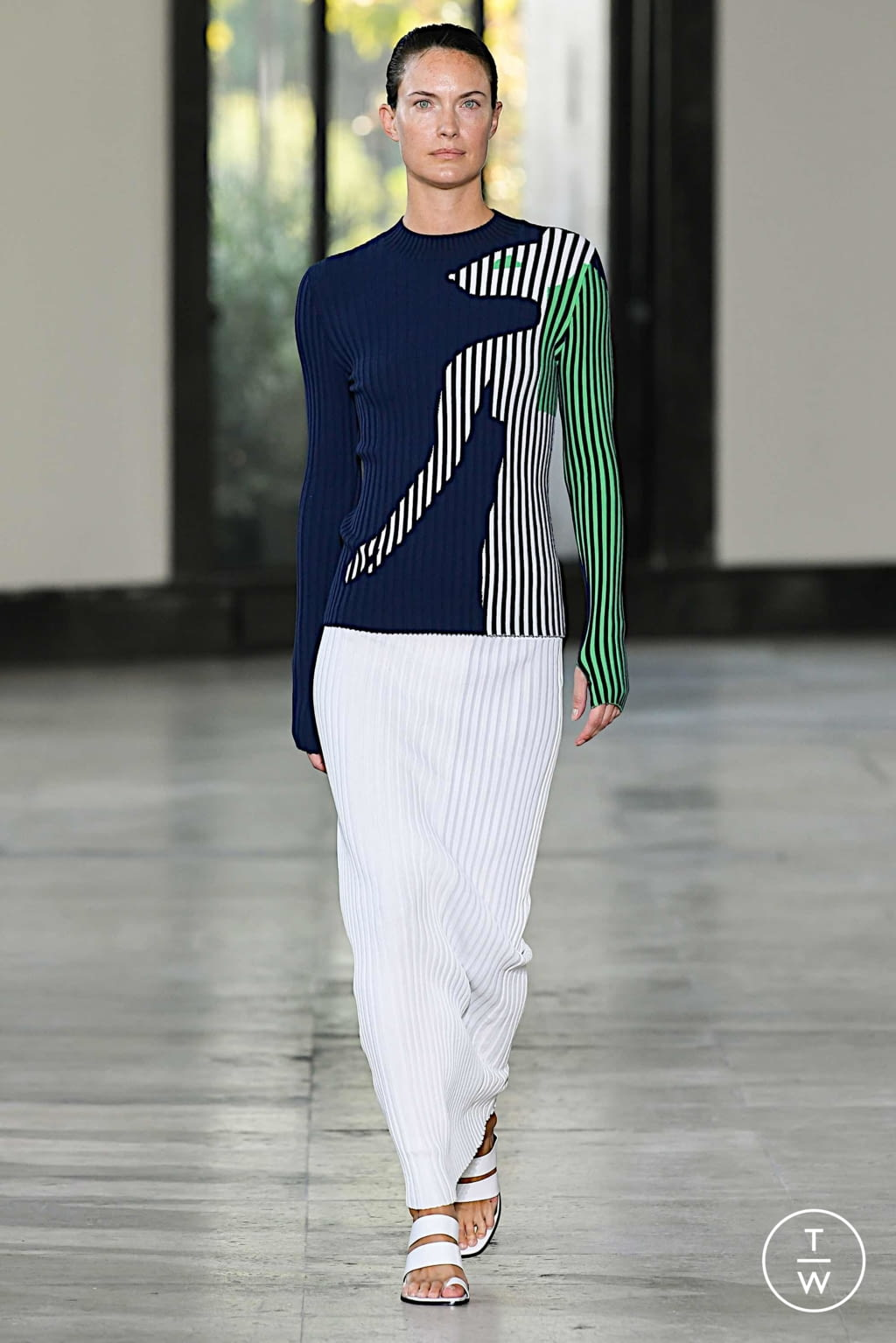 Fashion Week Paris Spring/Summer 2020 look 5 from the Dawei collection womenswear