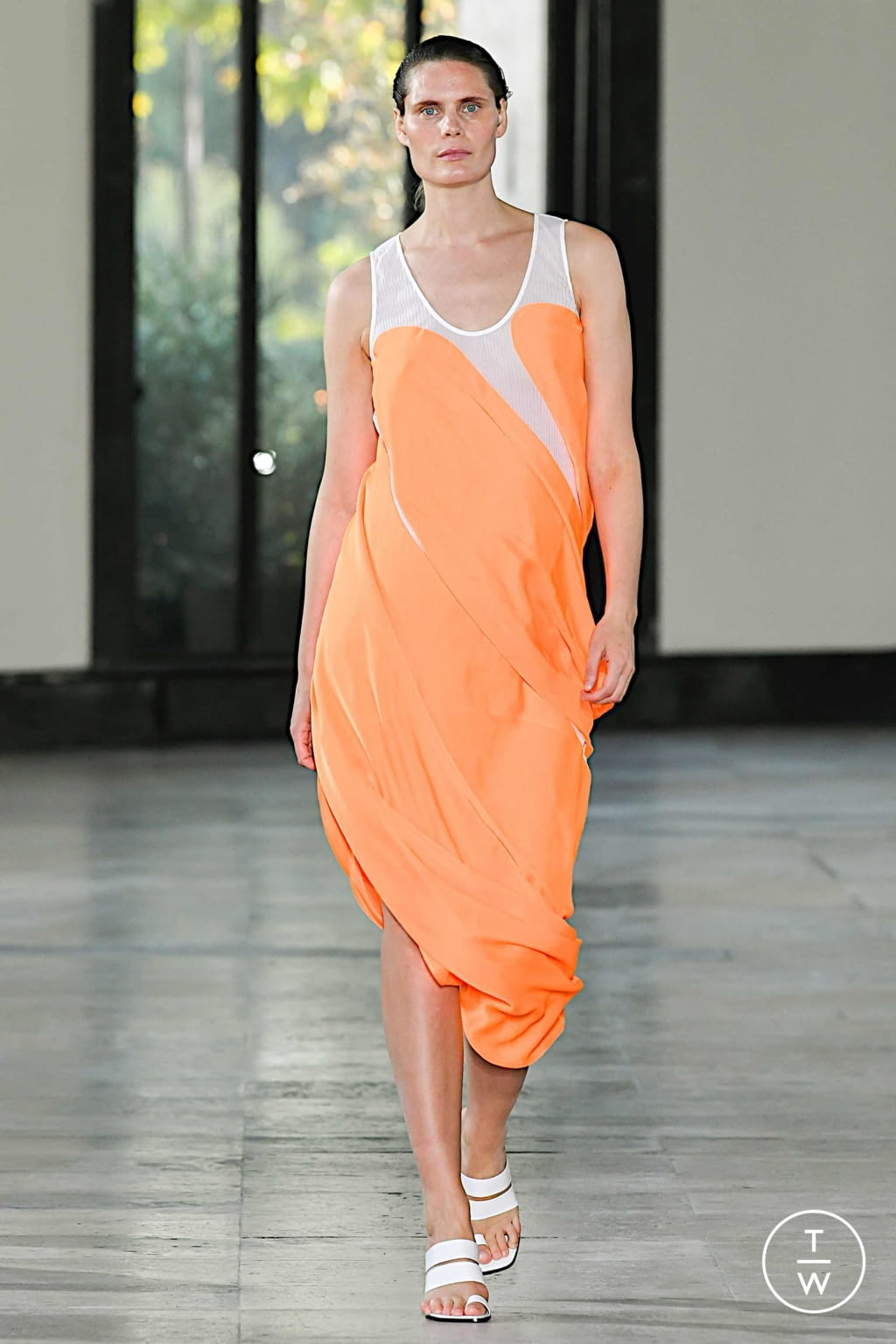 Fashion Week Paris Spring/Summer 2020 look 14 from the Dawei collection womenswear