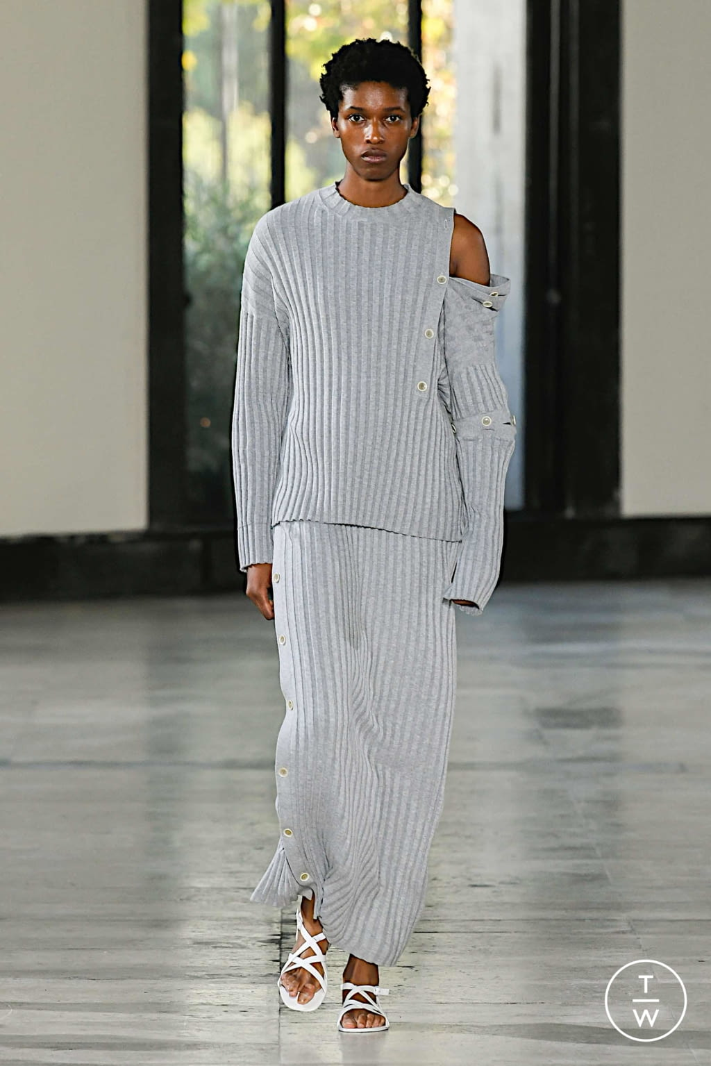 Fashion Week Paris Spring/Summer 2020 look 18 from the Dawei collection womenswear