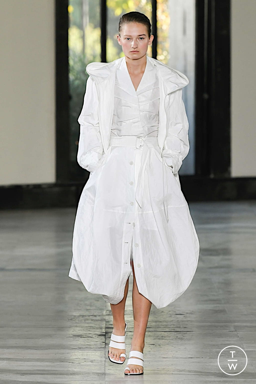 Fashion Week Paris Spring/Summer 2020 look 19 from the Dawei collection womenswear