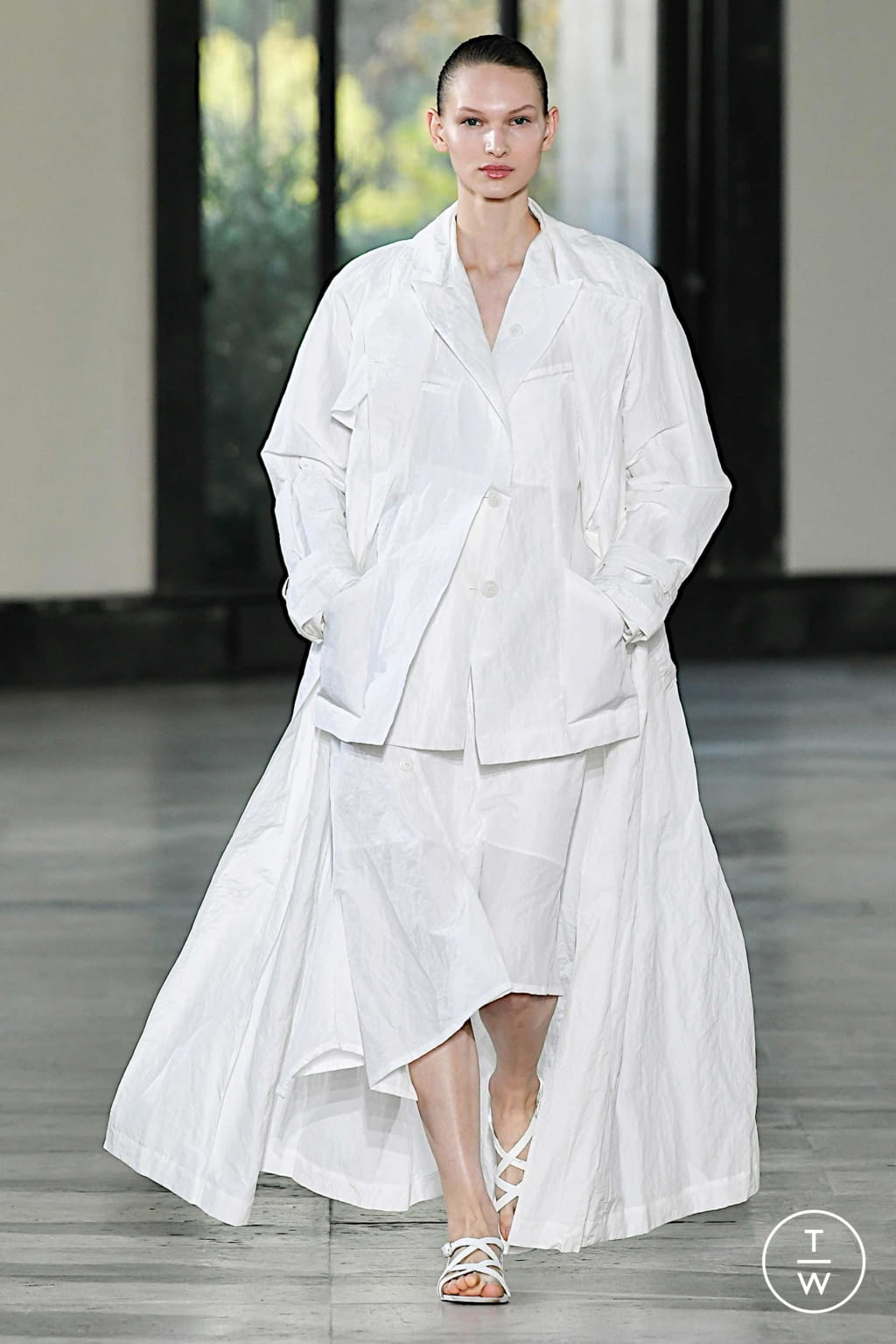 Fashion Week Paris Spring/Summer 2020 look 22 de la collection Dawei womenswear
